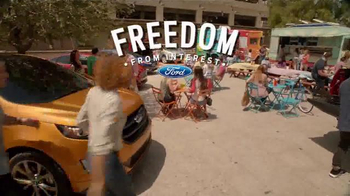 Ford Freedom Sales Event TV Spot, 'Block Party' Song by Pitbull - Thumbnail 7