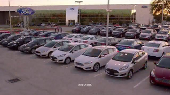 Ford Freedom Sales Event TV Spot, 'Block Party' Song by Pitbull - Thumbnail 8