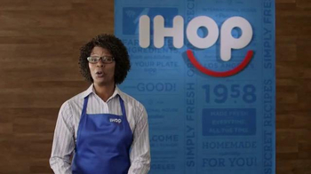 IHOP Fruit 'n Streusel Crepes TV Spot, 'A Single Mom's Reunion' - Thumbnail 1