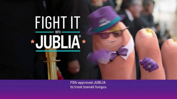 Jublia TV Spot, 'Toe Nail Fungus Arrives on Red Carpet' Feat. Mario Lopez - Thumbnail 3