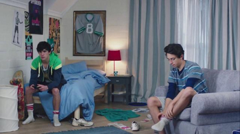 Febreze Super Bowl 2016 TV Spot, 'Does Your Bedroom Smell?'