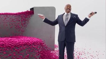 T-Mobile Super Bowl 2016 TV Spot, 'Drop the Balls' Featuring Steve Harvey - Thumbnail 7