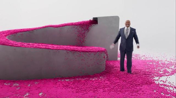 T-Mobile Super Bowl 2016 TV Spot, 'Drop the Balls' Featuring Steve Harvey - Thumbnail 8