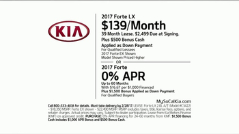 2017 Kia Forte TV Spot, 'Paint Test' - Thumbnail 10