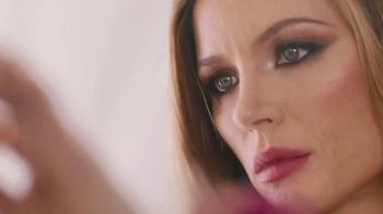 Stella Artois TV Spot, 'E!: Red Carpet Dress' - Thumbnail 1