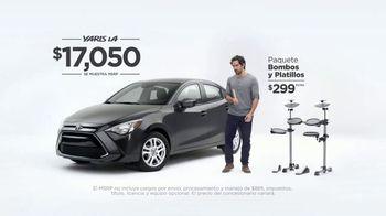 2017 Toyota Yaris iA TV Spot, 'Bombas y platillos' [ Spanish]