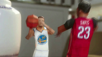 NBA TV Spot, 'Chinese New Year Secret Envelope' Ft. Jeremy Lin, Steph Curry - Thumbnail 6