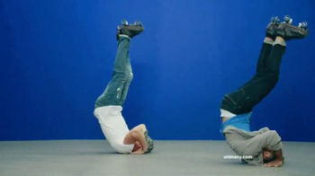 Old Navy TV Spot, 'Make Your Move in New Old Navy Jeans' Song by Riton - Thumbnail 3