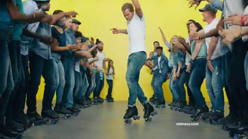 Old Navy TV Spot, 'Make Your Move in New Old Navy Jeans' Song by Riton - Thumbnail 6