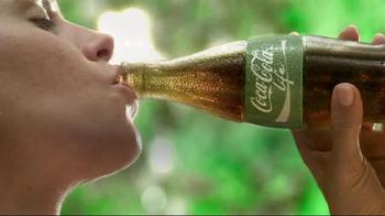 Coca-Cola Life TV Spot, 'Enjoy It' - Thumbnail 8