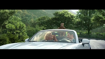 2017 FIAT 124 Spider TV Spot, \'Free Like a Bird\' Song by Wyclef Jean