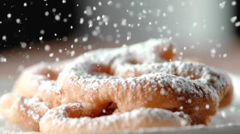 Dairy Queen Funnel Cake a La Mode TV Spot, 'Bumper Car' - Thumbnail 9