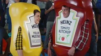 Heinz Mustard TV Spot, 'Kiss Cam'