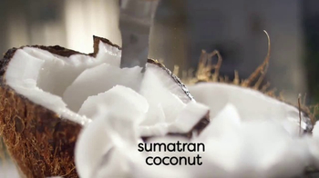 Coffee-Mate Natural Bliss Coconut Milk Creamer TV Spot, 'Creamy' - Thumbnail 6