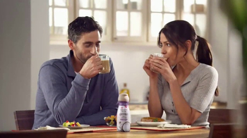 Coffee-Mate Natural Bliss Coconut Milk Creamer TV Spot, 'Creamy' - Thumbnail 8
