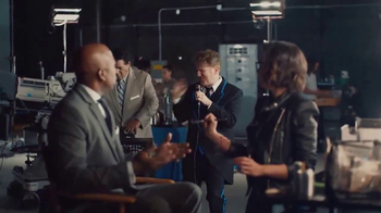 AT&T TV Spot, 'Head' Featuring Kenny Smith, Greg Gumbel, Dan Finnerty