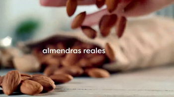 Coffee-Mate Natural Bliss Almond Milk Creamer TV Spot, 'Al revés' [Spanish]