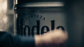 Modelo TV Spot, 'Fighting for Perfection'