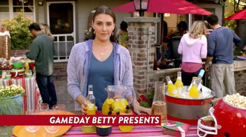 Smirnoff Ice Screwdriver TV Spot, 'Pre-Game Sangria' - 256 commercial airings