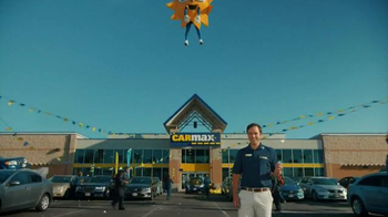 CarMax TV Spot, 'Welcome to the Bright Side of Car Buying' - Thumbnail 4
