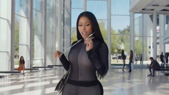 Beats Wireless TV Spot, \'Got No Strings\' Feat. Nicki Minaj, Karlie Kloss