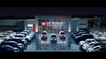 Nissan Go Rogue Year-End Event TV Spot, 'Rogue One: Black Friday'