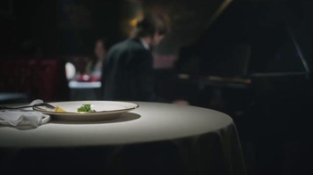Taco Bell Steakhouse Burrito & Nachos TV Spot, 'Sad Parsley' - Thumbnail 4