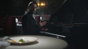 Taco Bell Steakhouse Burrito & Nachos TV Spot, 'Sad Parsley' - Thumbnail 5