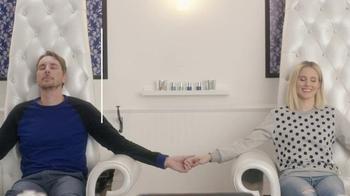American Express TV Spot, 'The Works' Featuring Kristen Bell, Dax Shepard - Thumbnail 8