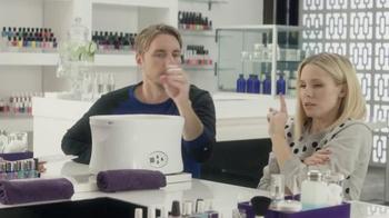 American Express TV Spot, 'The Works' Featuring Kristen Bell, Dax Shepard - Thumbnail 3
