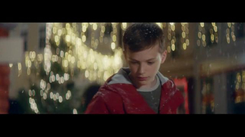 Coca-Cola TV Spot, 'Taste the Feeling of the Holidays' - Thumbnail 6