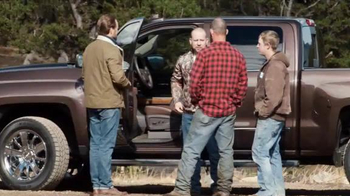 2016 Chevrolet Silverado TV Spot, 'Mobile Office' - Thumbnail 10