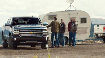 2016 Chevrolet Silverado TV Spot, 'Mobile Office' - Thumbnail 7