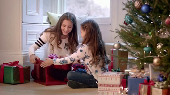 JCPenney TV Spot, 'Gifts Under $20: Plush Throws and Sweaters'