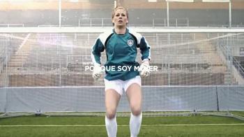 Always TV Spot, 'Desafiar las expectativas' con Stephanie Labbe [Spanish]