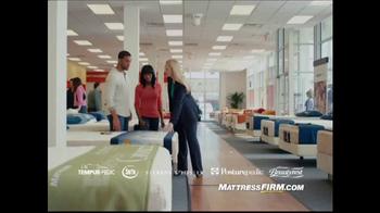 Mattress Firm Presidents Day Sale TV Spot, 'Queen Sets and Bonus Cash'