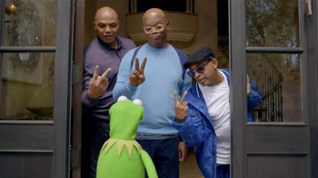 Capital One TV Spot, \'Bowl Mania: Kermit\' Ft. Samuel L. Jackson, Spike Lee