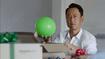 Chase Freedom TV Spot, 'Amazon: More Fun Out of the Holidays' - Thumbnail 3