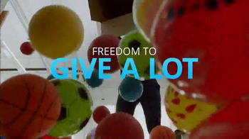 Chase Freedom TV Spot, 'Amazon: More Fun Out of the Holidays' - Thumbnail 4