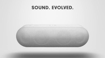 Beats Pill+ TV Spot, 'Adventure of a Lifetime' Song by Coldplay - Thumbnail 9