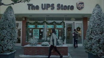 The UPS Store Pack & Ship TV Spot, 'Wrapping vs. Packing' - Thumbnail 8