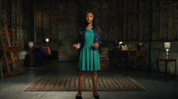 Amazon Kindle TV Spot, 'What Makes a Spelling Bee Champ?'