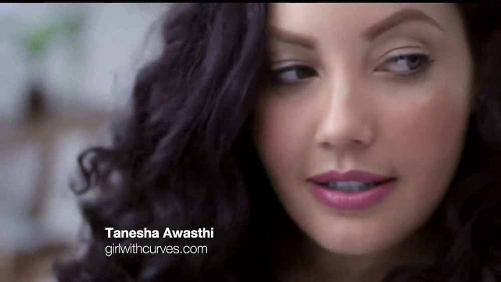 Dove White Beauty Bar TV Commercial, 'Bloguera' con Tanesha Awast