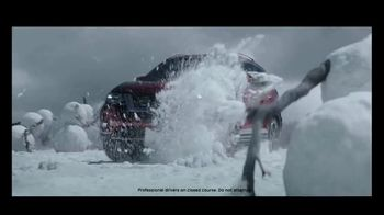 2017 Nissan Rogue TV Spot, 'Return of the Snowman'