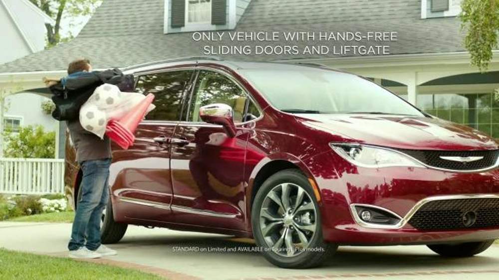 Luxury 2017 Chrysler Pacifica TV Commercial 39HandsFree Door