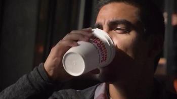 Dunkin' Donuts Iced Tea & Coffee TV Spot, 'Chattin', Chewin', Sippin''
