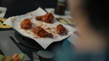 Buffalo Wild Wings TV Spot, '21 Flavors & Spices: Bite the Bullet'