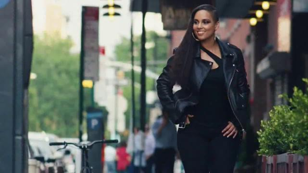 Levi's Women's Denim Collection TV Commercial, 'All Women ...