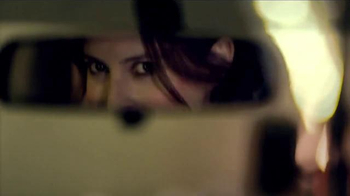 Nissan Rogue TV Spot, 'Family Visit' Song by Edwin Starr - Thumbnail 3