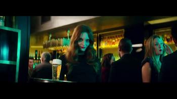 Heineken TV Spot, 'La mirada' con Benicio del Toro [Spanish]